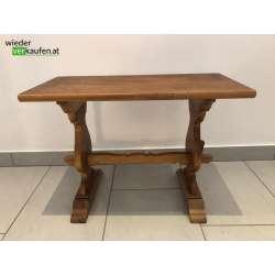 Kleiner Beistelltisch aus Holz