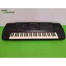 Roland E-86 Keyboard