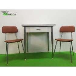Stilvoller 60er Jahre Tisch...