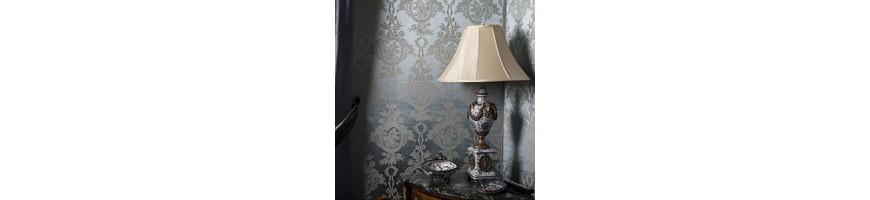 Antike Möbel / Lampen