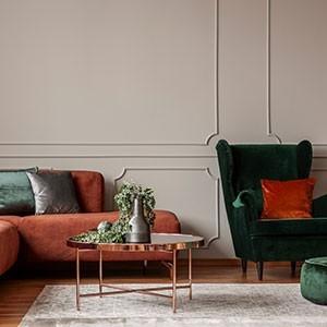 Sofas / Sessel / Tische